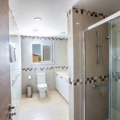 Отель Protaras Villa Theodora 1 ванная