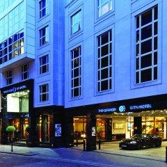 Leonardo Royal Hotel London City вид на фасад