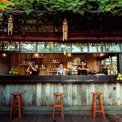Отель THE HAVEN SUITES Bali Berawa гостиничный бар