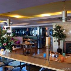 Отель James Bay Inn Hotel, Suites & Cottage Канада, Виктория - отзывы, цены и фото номеров - забронировать отель James Bay Inn Hotel, Suites & Cottage онлайн питание