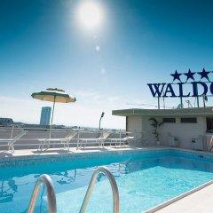 Отель Waldorf Suite Римини бассейн фото 2