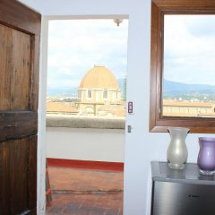 Отель Duomo Apartment Италия, Флоренция - отзывы, цены и фото номеров - забронировать отель Duomo Apartment онлайн удобства в номере фото 2