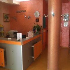 Отель Biju Болгария, Бургас - отзывы, цены и фото номеров - забронировать отель Biju онлайн интерьер отеля фото 3