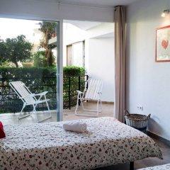 Отель Cascada - Two Bedroom Испания, Торремолинос - отзывы, цены и фото номеров - забронировать отель Cascada - Two Bedroom онлайн комната для гостей