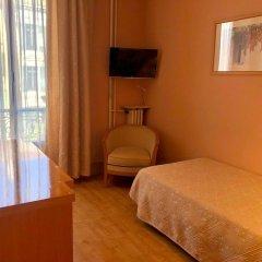 Отель Busby Франция, Ницца - 2 отзыва об отеле, цены и фото номеров - забронировать отель Busby онлайн комната для гостей фото 3