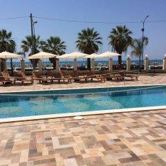 Отель Riviera Palace Италия, Порт-Эмпедокле - отзывы, цены и фото номеров - забронировать отель Riviera Palace онлайн бассейн фото 2