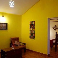 Отель Falling Waters комната для гостей фото 3