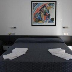 Отель Grand Meeting Италия, Римини - отзывы, цены и фото номеров - забронировать отель Grand Meeting онлайн комната для гостей фото 4