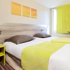 Hotel Kyriad Lyon Est - Saint Bonnet de Mure комната для гостей
