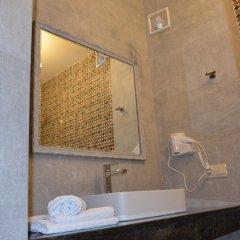Отель Griboedov Грузия, Тбилиси - отзывы, цены и фото номеров - забронировать отель Griboedov онлайн ванная фото 2
