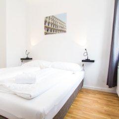 Отель CheckVienna - Lainzer Straße Австрия, Вена - отзывы, цены и фото номеров - забронировать отель CheckVienna - Lainzer Straße онлайн комната для гостей фото 3
