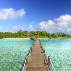Отель Sheraton Maldives Full Moon Resort & Spa Мальдивы, Остров Фуранафуши - отзывы, цены и фото номеров - забронировать отель Sheraton Maldives Full Moon Resort & Spa онлайн приотельная территория