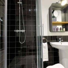 Cosmov Bilbao Hotel** ванная фото 2