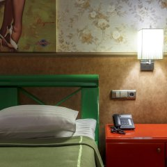 Гостиница Road Star сейф в номере