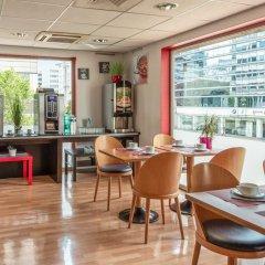Отель Residhotel Lyon Part Dieu гостиничный бар