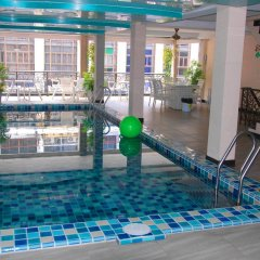 Отель Land Royal Residence Pattaya бассейн
