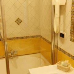 Hotel Due Torri Аджерола ванная