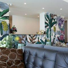 Bangkok Oasis Hotel интерьер отеля