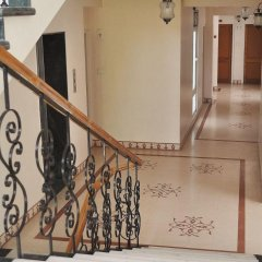 Om Niwas Suite Hotel парковка