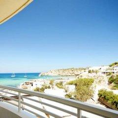 Отель Insotel Tarida Beach Sensatori Resort - All Inclusive Испания, Саргамасса - отзывы, цены и фото номеров - забронировать отель Insotel Tarida Beach Sensatori Resort - All Inclusive онлайн балкон