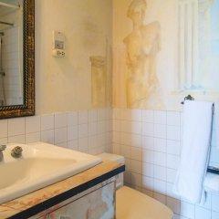 Отель Court Manor at Montego Bay Club ванная фото 2