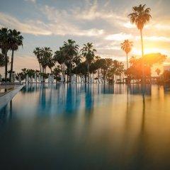 Отель Barut Acanthus & Cennet - All Inclusive бассейн