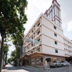 Отель Dream Town Pratunam Бангкок парковка