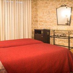 Hotel El Castell Вальдерробрес комната для гостей