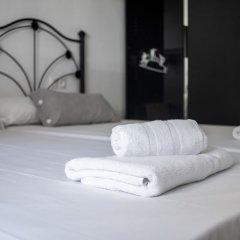 Отель HOMEnFUN Park Güell комната для гостей фото 4