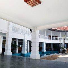 Hibiscus Beach Hotel & Villas интерьер отеля фото 3