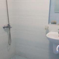Отель Blue Bay Palace Apart Complex Болгария, Поморие - отзывы, цены и фото номеров - забронировать отель Blue Bay Palace Apart Complex онлайн ванная фото 2