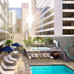 Отель Hyatt Regency Vancouver Канада, Ванкувер - 2 отзыва об отеле, цены и фото номеров - забронировать отель Hyatt Regency Vancouver онлайн бассейн фото 2