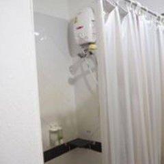 Отель Lanta Palace Resort And Beach Club Таиланд, Ланта - 1 отзыв об отеле, цены и фото номеров - забронировать отель Lanta Palace Resort And Beach Club онлайн ванная