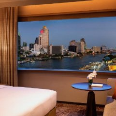 Отель Millennium Hilton Bangkok Бангкок балкон