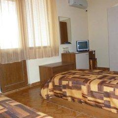 Отель Chrystal Guest House Аврен удобства в номере фото 2