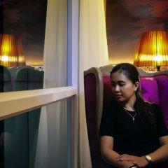 Отель Grand Mercure Yogyakarta Adi Sucipto Индонезия, Слеман - отзывы, цены и фото номеров - забронировать отель Grand Mercure Yogyakarta Adi Sucipto онлайн интерьер отеля