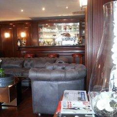 Отель Hôtel Derby Eiffel Франция, Париж - 1 отзыв об отеле, цены и фото номеров - забронировать отель Hôtel Derby Eiffel онлайн гостиничный бар