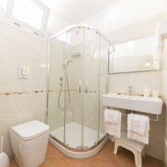 Отель Lewisrooms Affittacamere Италия, Кальяри - отзывы, цены и фото номеров - забронировать отель Lewisrooms Affittacamere онлайн ванная фото 2