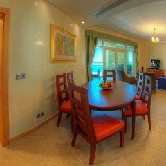 Отель Royal Club at Palm Jumeirah комната для гостей фото 2