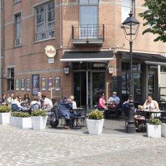 Отель B&B Antwerp Harbour View питание