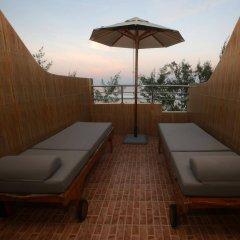 Отель Eureka Serenity Athiri Inn Мальдивы, Мале - отзывы, цены и фото номеров - забронировать отель Eureka Serenity Athiri Inn онлайн бассейн