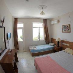 Отель Mavi Cennet Camping Pansiyon Сиде комната для гостей фото 2