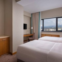 Гостиница DoubleTree by Hilton Almaty комната для гостей фото 5