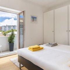 Отель LV Premier Amoreiras Am3- City Center, Balconies, air Conditioned, Elevator Португалия, Лиссабон - отзывы, цены и фото номеров - забронировать отель LV Premier Amoreiras Am3- City Center, Balconies, air Conditioned, Elevator онлайн комната для гостей фото 5