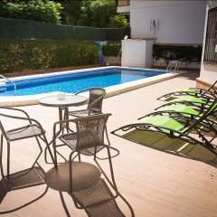 Отель Holidays2Roquedal Испания, Торремолинос - отзывы, цены и фото номеров - забронировать отель Holidays2Roquedal онлайн бассейн фото 2