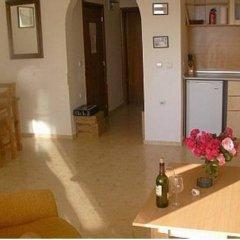 Отель Гостиничный Комплекс Лазур Болгария, Свети Влас - отзывы, цены и фото номеров - забронировать отель Гостиничный Комплекс Лазур онлайн комната для гостей