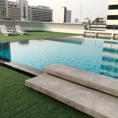 Graceland Bangkok Hotel бассейн фото 2