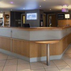 Отель Holiday Inn Express London Luton Airport интерьер отеля фото 3
