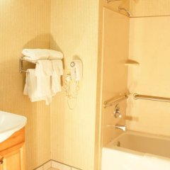 Отель Marina 7 Motel США, Лос-Анджелес - отзывы, цены и фото номеров - забронировать отель Marina 7 Motel онлайн ванная