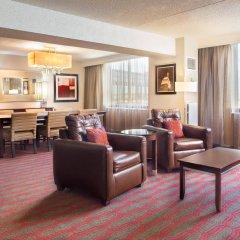Отель LaGuardia Plaza Hotel США, Нью-Йорк - отзывы, цены и фото номеров - забронировать отель LaGuardia Plaza Hotel онлайн интерьер отеля фото 2